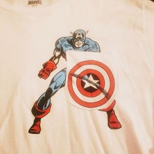 Captain America Pocket Tee. Inv D3 2033